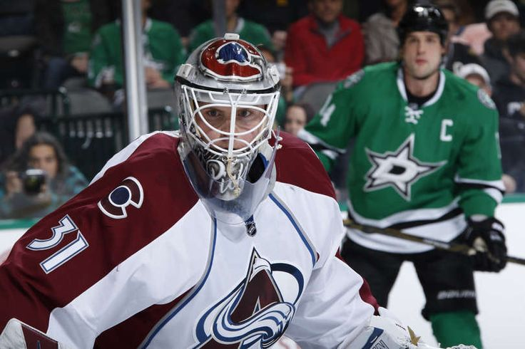 DALLAS, TX - DECEMBER 29: Calvin Pickard #31 of the Colorado Avalanche tends goal against the Dallas Stars at the American Airlines Center on December 29, 2016 in Dallas, Texas. (Photo by Glenn James/NHLI via Getty Images)