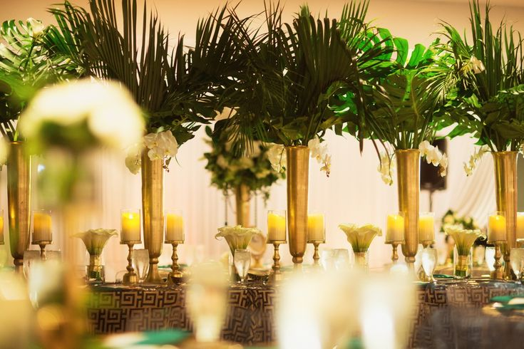 With the help of Confetti Events and MMD Events, Christina and Ivo turned the Dali Museum into a fabulous scene right out of a 1920s jazz movie. This St. Petersburg wedding features bold splashes of vibrant green and gold with art deco elements that we loved at first sight. If you're into the finer things in life, then you can appreciate […]