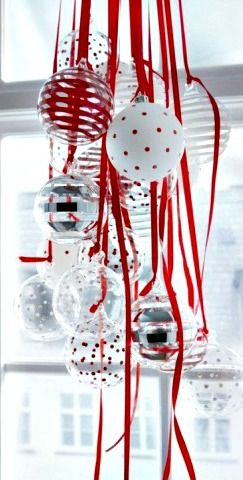 Ornaments with Ribbons Decoration ~ Easy and festive idea for Christmas