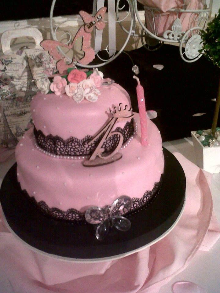 torta vintage rosa para 15 años