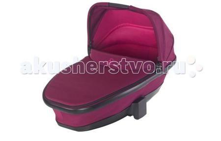 Quinny Foldable Carrycot  — 19800р. ----------------------------  Складная люлька Quinny Foldable это утепленная и удобная детская люлька предназначена для детей от 0 до 6-ти месяцев. Она идеально подойдет к коляске Quinny, превращая ее в удобную и компактную спальную коляску, которую можно использовать как для прогулок, так и для сна на природе. Благодаря удобной ручке, складную люльку Quinny Moodd можно брать с собой, куда бы вы ни шли, а с помощью адаптеров установка ее на раму коляски…
