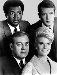 Ironside starrin Raymond Burr as Robert Ironside, Don Galloway as Det. Sgt. Ed Brown, Don Mitchell as Mark Sanger  Barbara Anderson as Officer Eve Whitfield