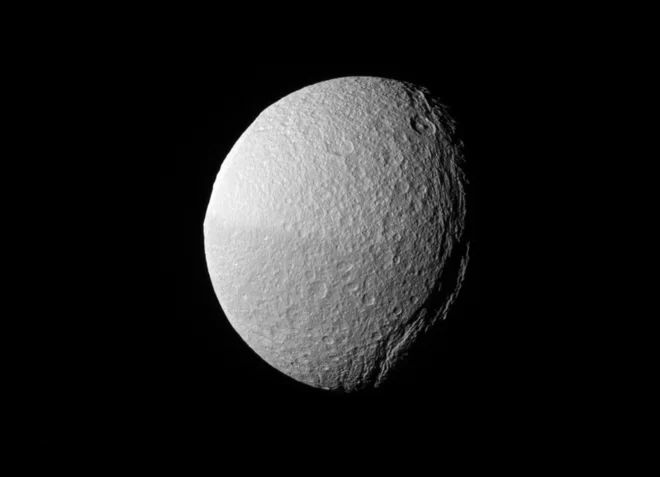 17 Best ideas about Saturns Moons on Pinterest | Moons of ...