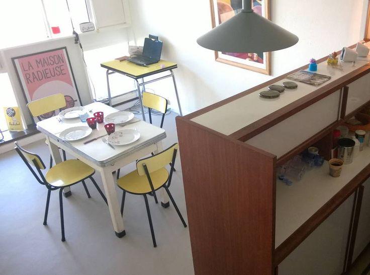 cuisine et salle manger location d 39 un appartement. Black Bedroom Furniture Sets. Home Design Ideas