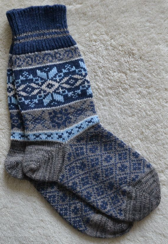 Norwegian Scandinavian Hand Crafted 100% wool SOCKS, XL , folk art, Snowflake, Fair Isle