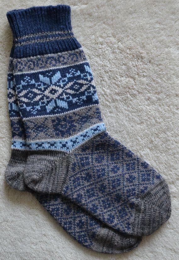 Norwegian Scandinavian Hand Crafted 100% wool SOCKS, XL , folk art, Snowflake, Fair Isle