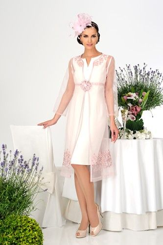 Cute A beautiful wedding guest mother of the bride outfit from Dress Code by Veromia