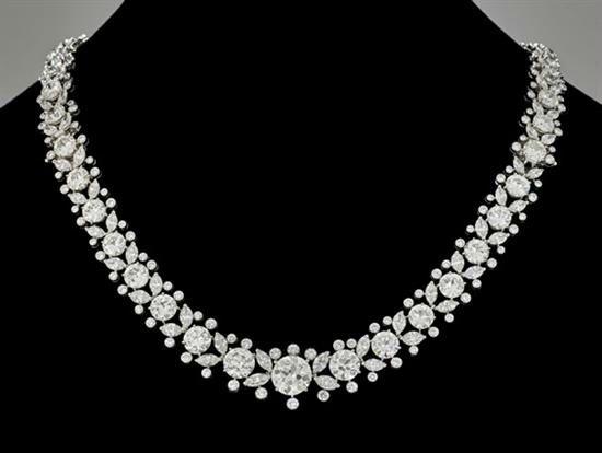 HARRY WINSTON | Magnificent Harry Winston diamond and platinum necklace-bracelet combination. Estimate $180,000-$200,000 | © I. M. Chait Gallery