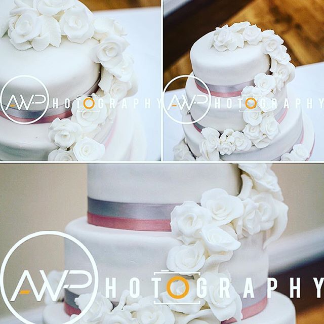 Professional piccies of the wedding cake I made for my sister 💜💜 #weddingcake #weddingfood #properfoodie #icingflowers #vanillasponge #raspberrybuttercream