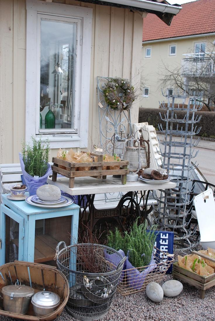 169 best yard sales flea markets u0026 antique stores images on
