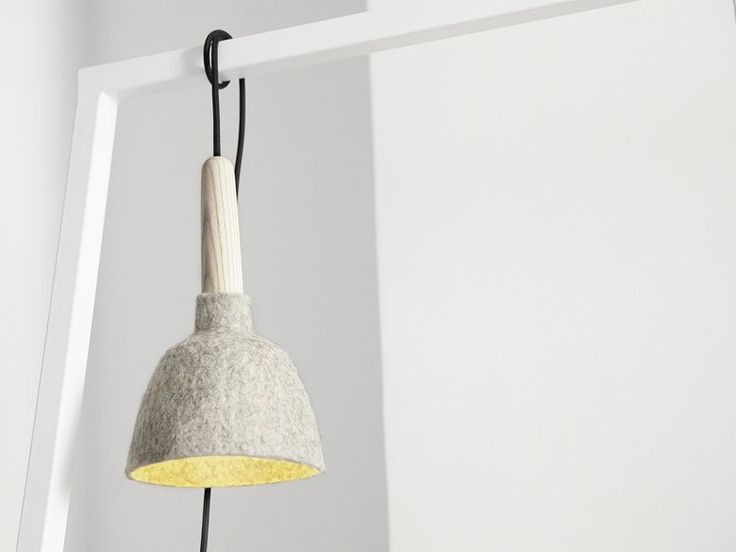 Fungus is a small lamp for secondary lighting. I needed a little lamp that could hang on my clothing rack and provide additional lighting for my wardrobe. In addition, it had to be flexible and portable. Fungus meets these specific needs and can be...