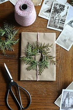 unique wrapping idea. Instructions for wreath - cut paper circle and glue greenery around