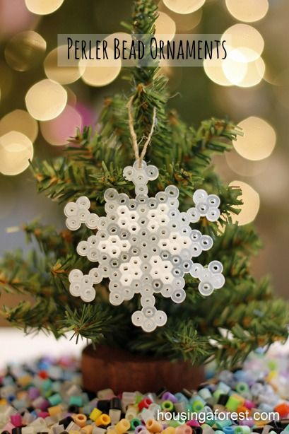 Perler Bead Ornaments ~ simple kids Christmas craft - maybe when the BOJ's are a little older, so cute and crafty!