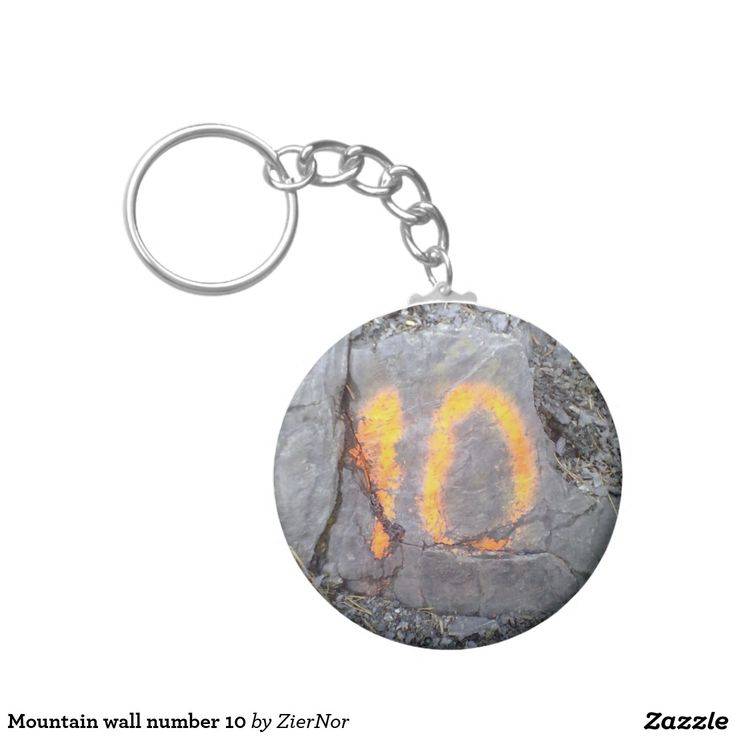 Mountain wall number 10 basic round button keychain