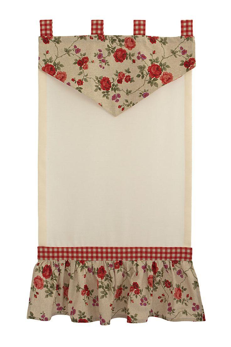 Tendina Country  per finestra con tessuto a fiorellini.