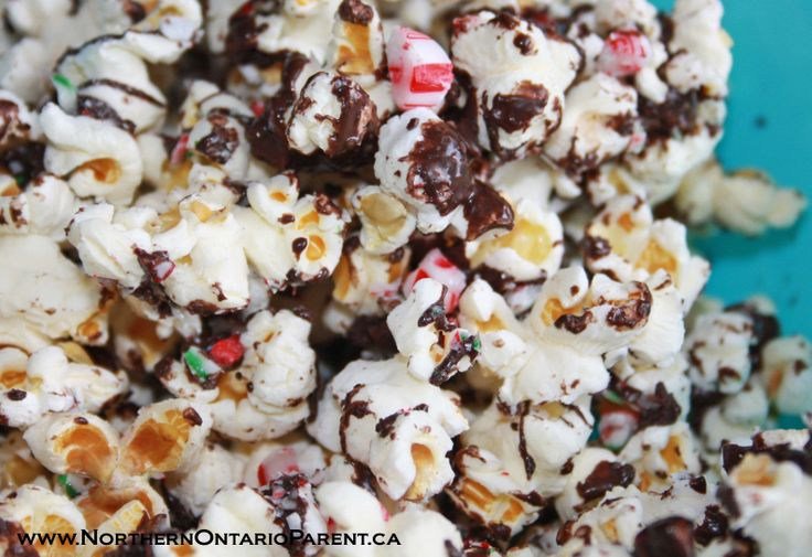 Candy Cane Popcorn  Here's how to make it: http://www.northernontarioparent.ca/#!recipe--candy-cane-popcorn/c1hjt