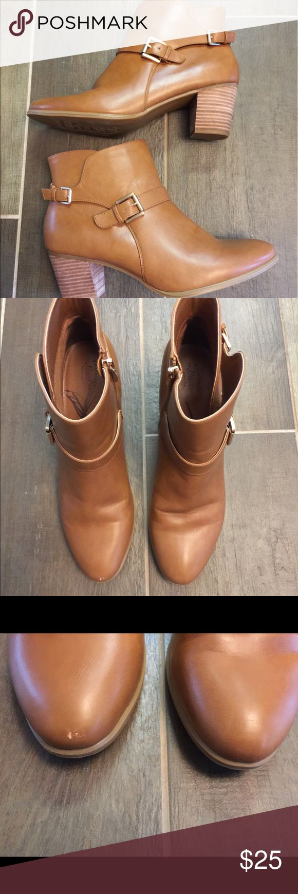 Bass brown heeled boots size 11. Bass brown heeled boots size 11. This is a great pair of ankle boots with side zipper. They have a 3 inch heel. One boot has a small scuff on the toe but otherwise great shape. Please view all pictures. Bass Shoes Heeled Boots
