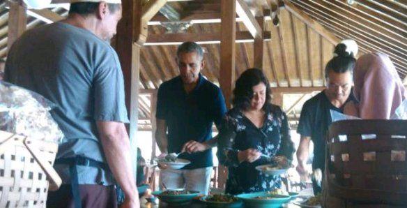Makan Siang di Bantul, Obama dan Keluarga Habiskan Rp4 Juta