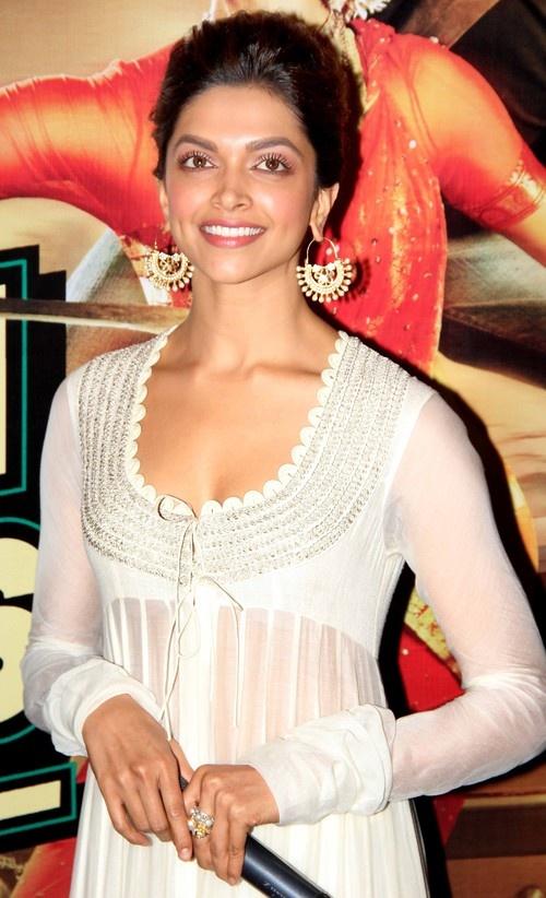 'Chennai Express' Movie Trailer Launch - Shahrukh Khan, Deepika Padukone, Rohit Shetty