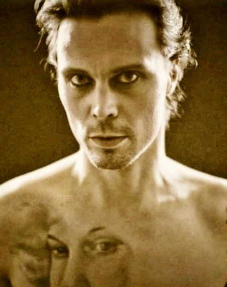 Ville Valo https://www.facebook.com/mark.gemini.thwaite/photos/a.417759468260873.84888.182482588455230/978260022210812/?type=3&theater https://twitter.com/MarkGThwaite?ref_src=twsrc%5Etfw
