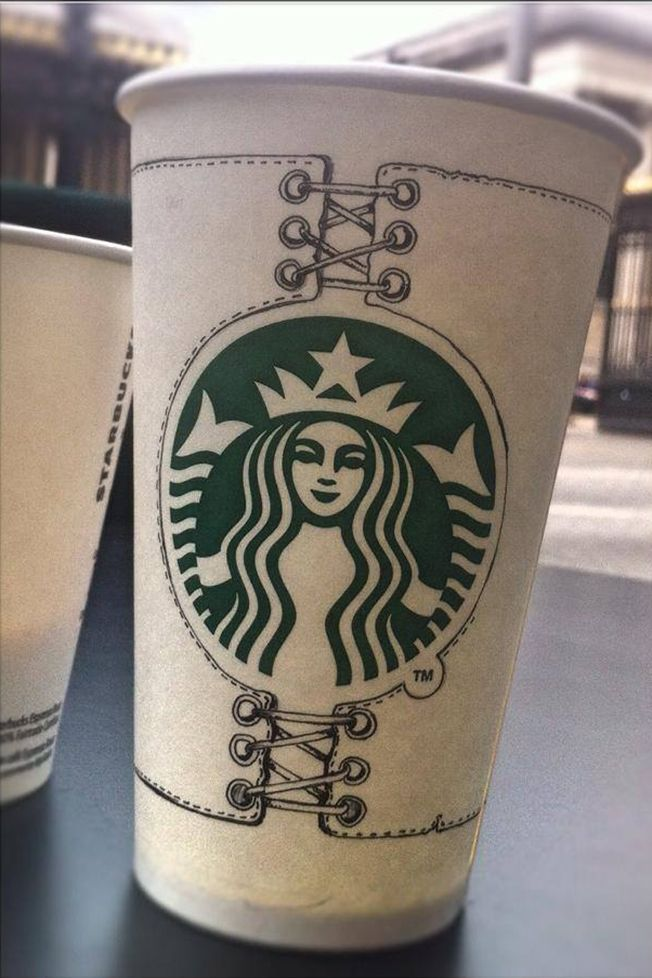 Barista Gorgeously Customizes His Customers' Cups at U.K. Starbucks