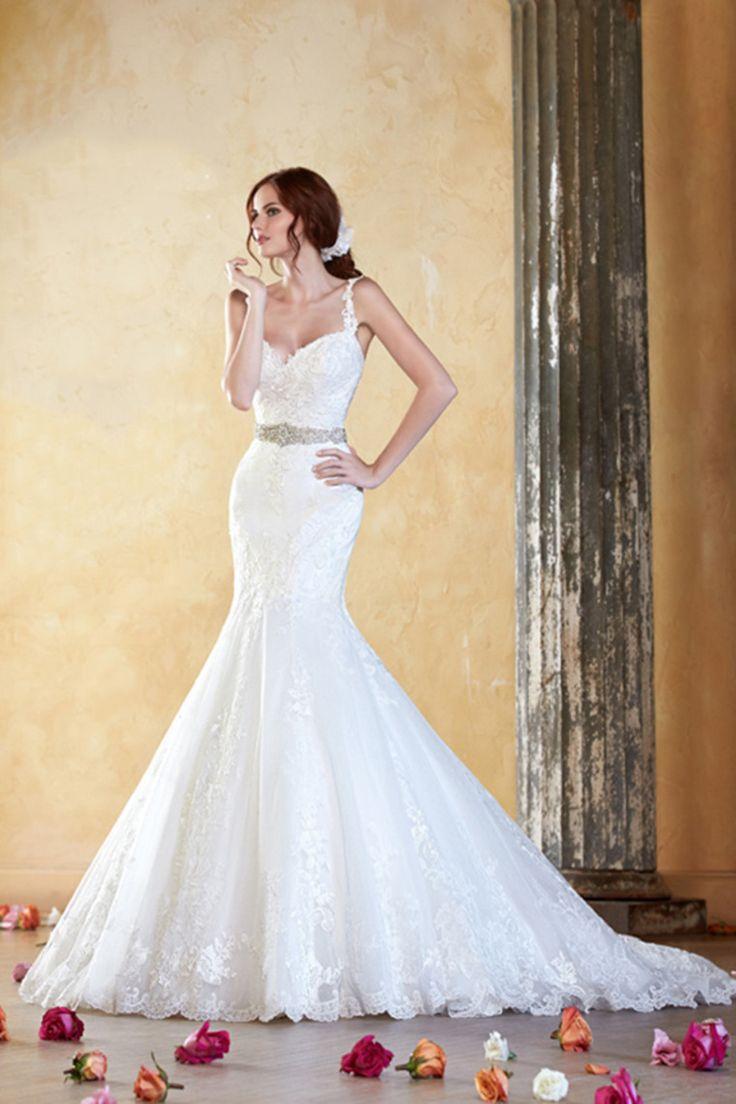 2014 Spaghetti Straps Mermaid/Trumpet Wedding Dress Tulle Chapel Train With Beads And Applique