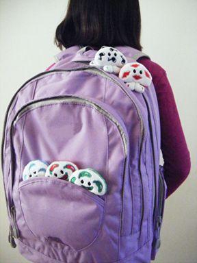 Pack 'em! zzzzizi, chi chi, cha cha, singaling and sweetcheeks!