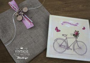 ποδηλατάκι προσκλητήριο κορίτσι βάπτιση τετράγωνο blade.gr ξύλινο λευκό φακελος λινάτσα