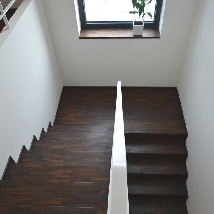 Einfamilienhaus im Bauhausstil - Plusenergiehaus | p - (Treppenhaus)