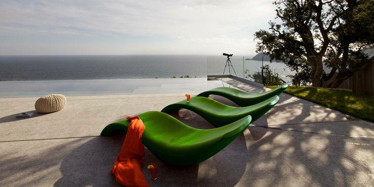 Amazing View Villa in Spanish Green sun loungers