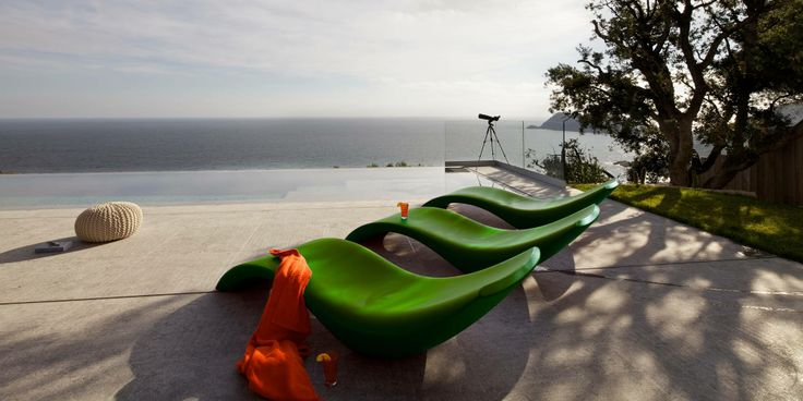 Amazing View Villa in Spanish Green sun loungers