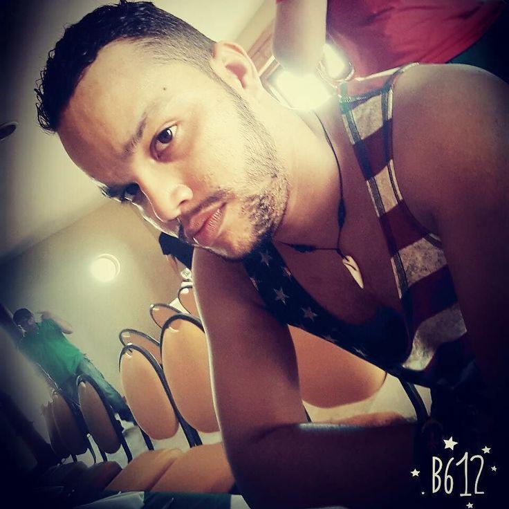 Tu actitud define tu exito ...... #metasclaras #grandia #jota #thatsme #usa #poses #barba #latino #barranquillero #hiperhappies #paradise #instaboy #serious #sensualboy #likeforlike #me #kissesforyou by jota.psilva