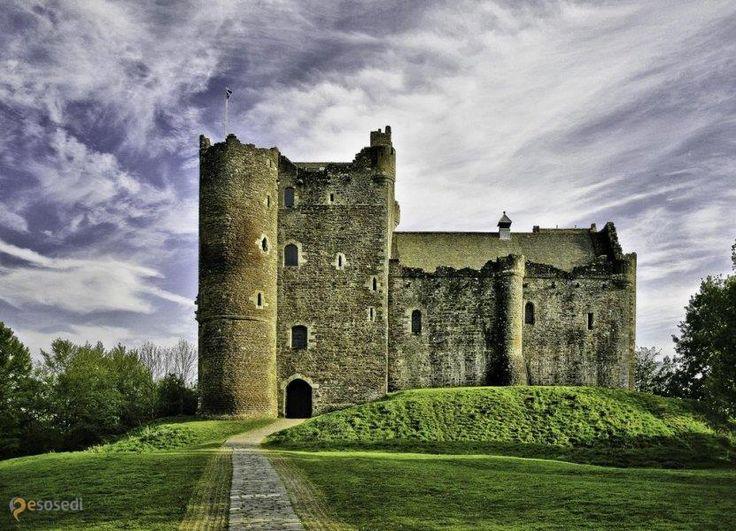 Замок Дун – #Великобритания #Шотландия (#GB_SCT) Замок Дун в Шотландии, нам всем более известный как Винтерфелл. http://ru.esosedi.org/GB/SCT/1000443562/zamok_dun/