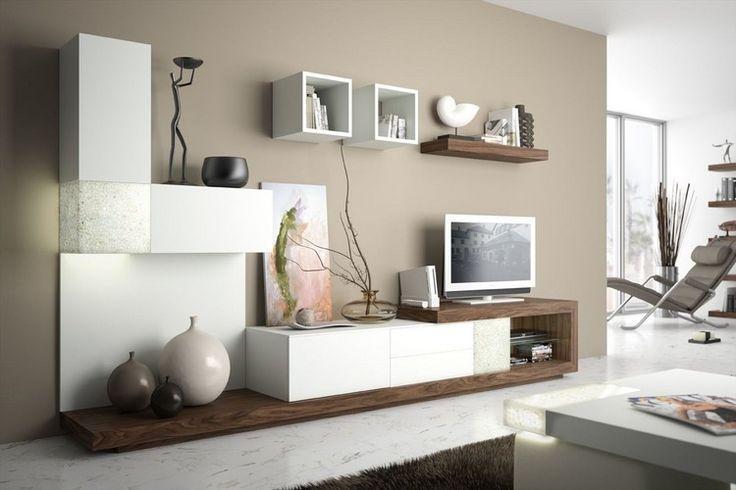 beige Wandfarbe und modulare Wohnwand in weiß und Holz