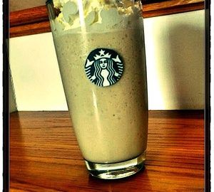 Main image for 'How to Make a Starbucks White Choclate Frappuccino'