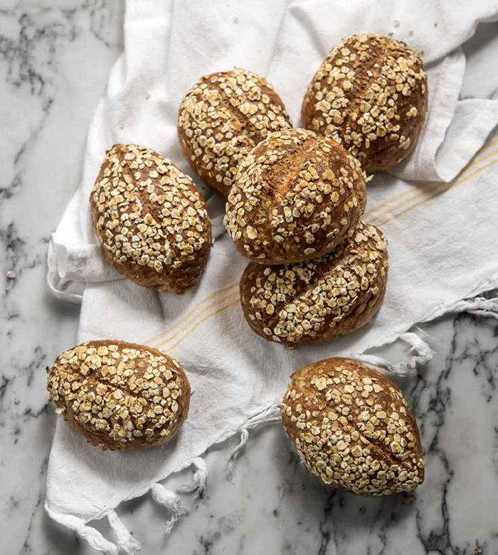 """Dietisten Sofia Antonsson bjuder på ett recept från sin senaste bok """"Lugn mage med gott bröd"""""""