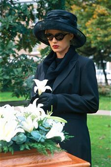 What to Wear to a Funeral, Great Hat. pinned by www.UrnsByArtists.com