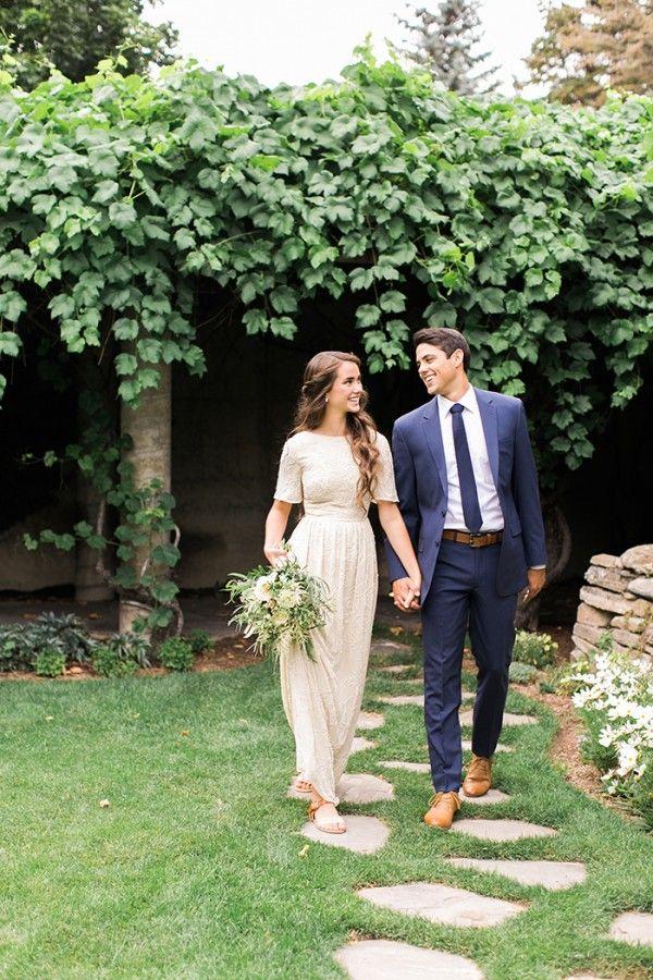 Best 25 Outdoor wedding hair ideas on Pinterest Red wedding