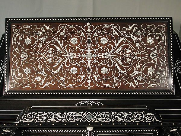 les 1166 meilleures images du tableau marquetry sur pinterest meubles anciens bois pr cieux. Black Bedroom Furniture Sets. Home Design Ideas