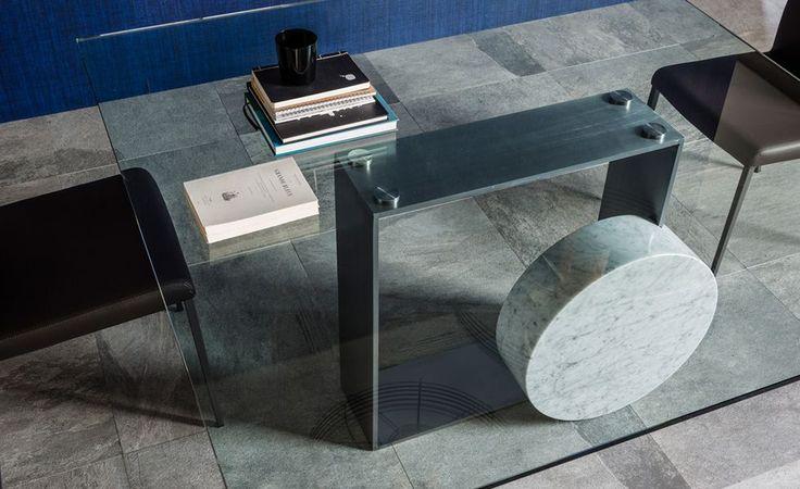 MUSEUM modern olasz asztal