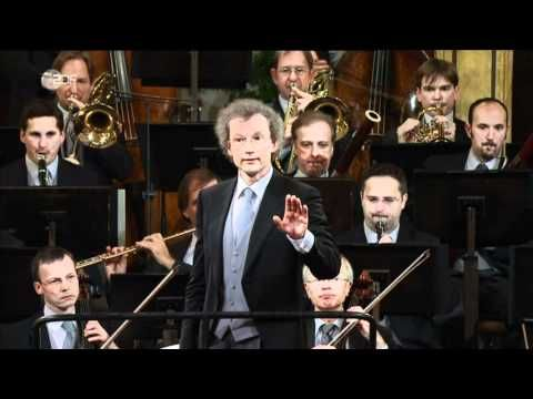 "Johann Strauss Sr. ""Radetzky March"" performed by Vienna Philharmonic at new years concert 2011 - YouTube"