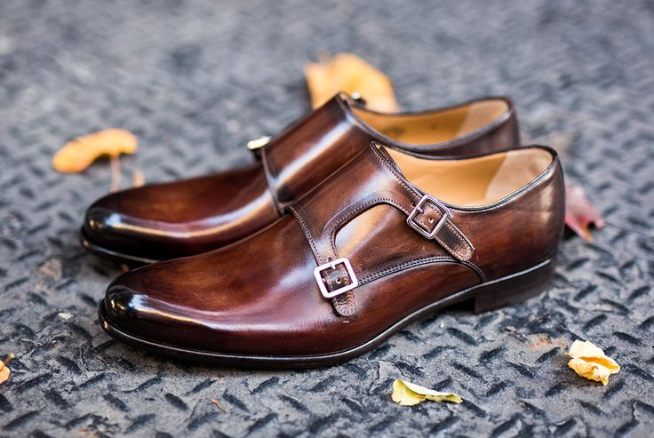Paul Evans utilizes a Blake construction in its premium Italian dress shoes. This allows for a sleek profile and the potential to be resoled.