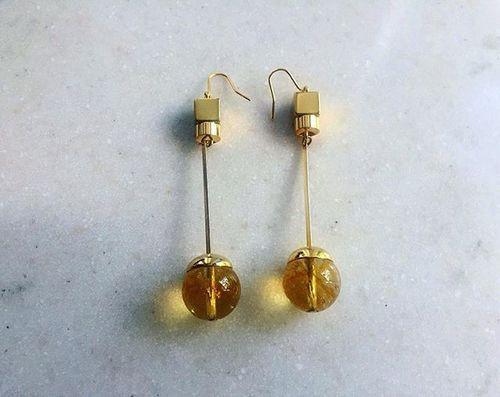 Today's #CIITA  #Pendulum earrings with dyed crystal balls 🌝〰🌞 #jewelry #jewellery #bijoux