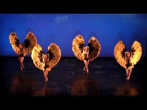 "Fan Dance! Momix Bothanica ""HD"" 2010 Naples Teatro Bellini 1"