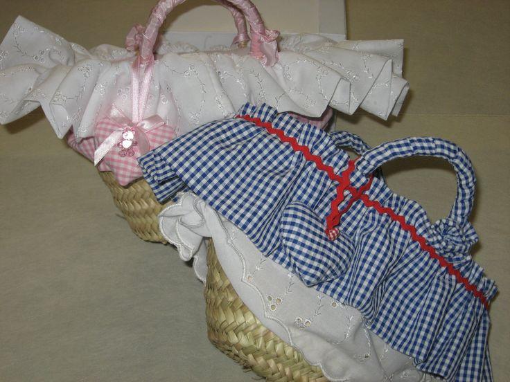 Borse di Paglia decorate con tessuti a quadretti e sangallo