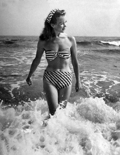 1946 LIFE Magazine - Photo by Nina Leen