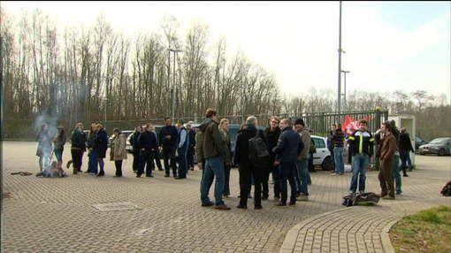 Personeel Everberg staakt na vuistslag - HLN.be