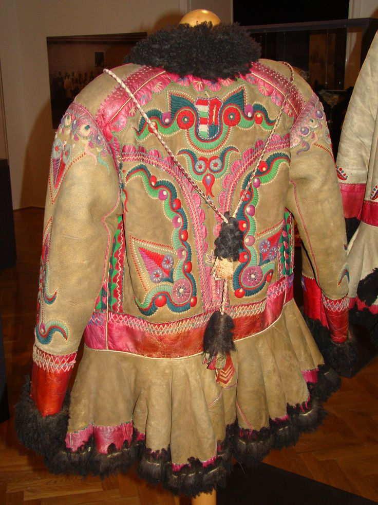 Hungarian coat from Fekete-Körös valley, Transylvania. It part of the Hungarian ethno-cultural region of the historical Transylvania province. After the Dictate of Trianon 1920, it became part of Romania. From the exhibition in the Museum of Ethnography, Budapest, Hungary.