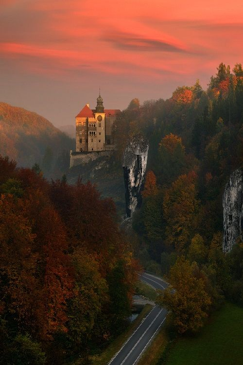 Sunset Castle, Pieskowa Skała, #Poland #vacation #travel Re-pinned by www.avacationrental4me.com