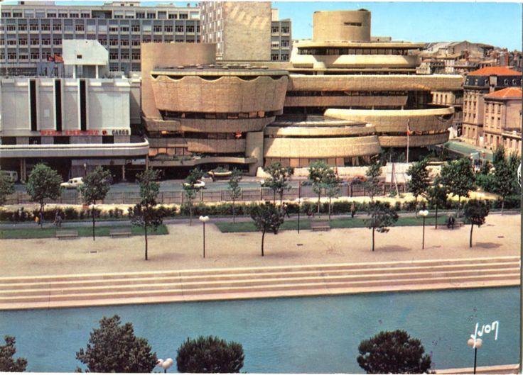La Caisse d'Epargne - Edmond Lay à Bordeaux Mériadeck